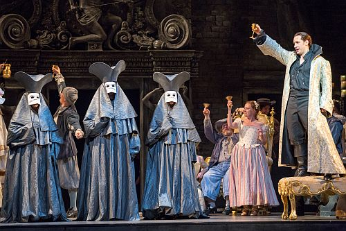 5. Scottish Opera's Don Giovanni, 2013. Directed by Sir Thomas Allen, Designed by Simon Higlett. Credit James Glossop.