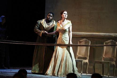 John Holiday as Radamisto and Virginie Verrez as Zenobia Photo credit: Nan Melville
