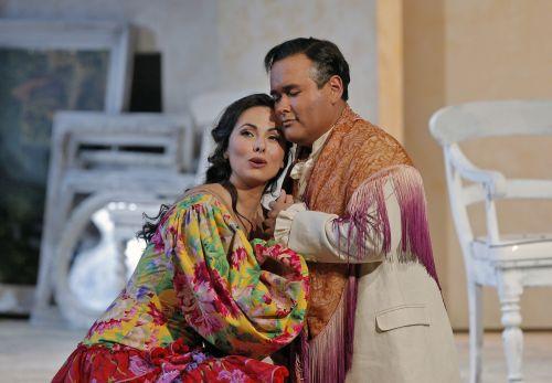 The Barber of Seville: Isabel Leonard (Rosina) and Javier Camarena (Count Almaviva). Photo ©Cory Weaver/San Francisco Opera.