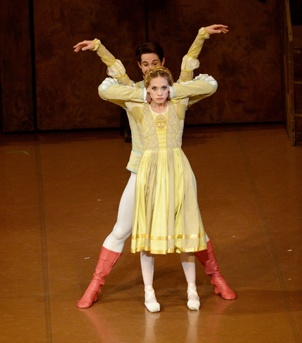 The Taming of the Shrew_Alicia Amatriain, Alexander Jones;  Photo credit: Stuttgart Ballet