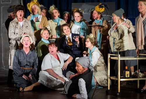 L'Etoile - Emmanuel L'Etoile - Emmanuel Chabrier - New Sussex Opera Photo  credit: Bob Workman
