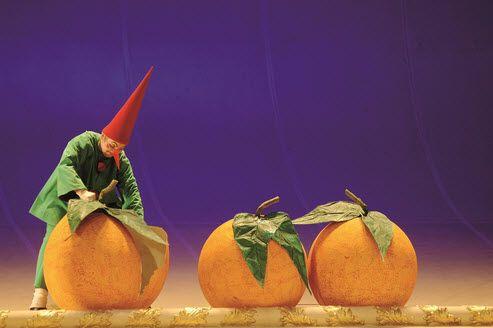 Love for Three Oranges (c) Monika Rittershaus