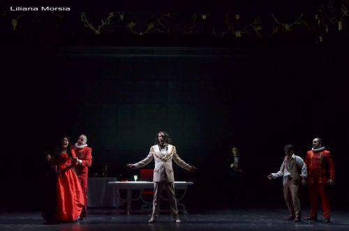 Enrico (Christian Peregrino) in Buenos Aires Lírica's new production of Anna Bolena. Photo Liliana Morsia