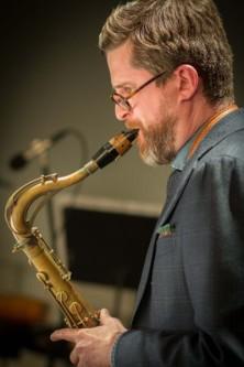 Alex Mincek (Photo by Stern Weber Studios for Avant Media)