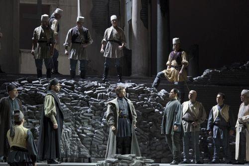 Maometto II_Enrico Iviglia(Condulmiero)Juan Francisco Gatell(Paolo Erisso)Alisa Kolosova(Calbo) Teatro Opera2013-14_©francesco squeglia_