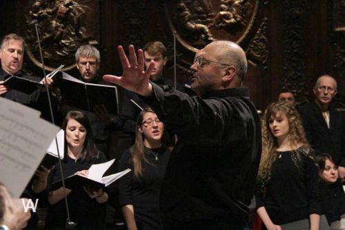 Pavlo Hunka conducting the Bulava Chorus