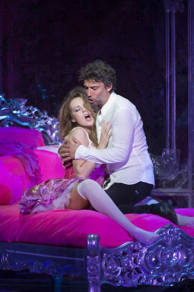 Manon Lescaut:  Kristine Opolais As Manon Lescaut And Jonas Kaufmann As Chevalier Des Grieux (C) Bill Cooper