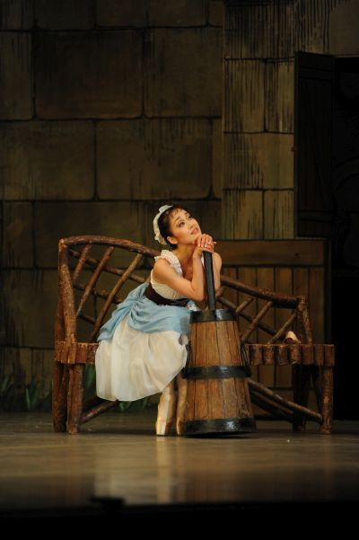 La Fille mal gardée_ Nao Sakuma as Lise_ photo Roy Smiljanic