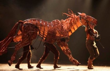 Warhorse (c) National Theater