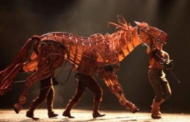 Warhorse (c) National Theater
