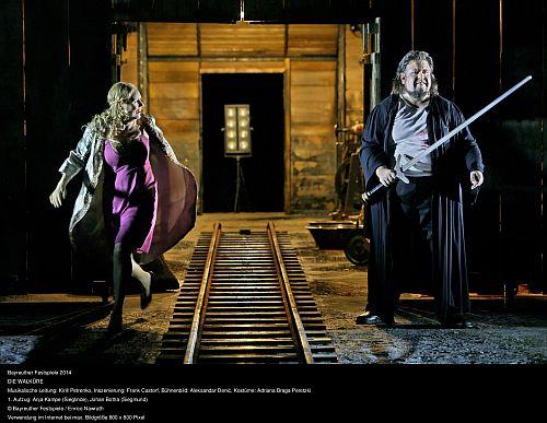 End of Act I Anja Kampe and Johan Botha c Enrico Nawrath