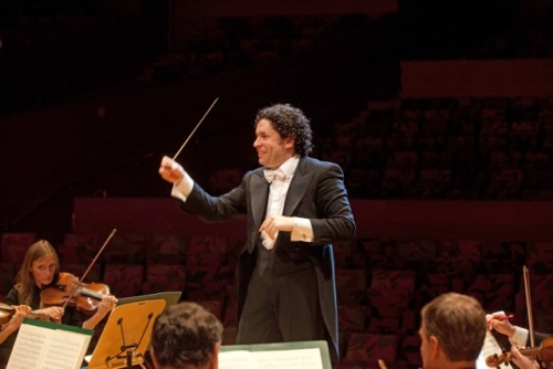 Dudamel (c) Vern Evans Photo
