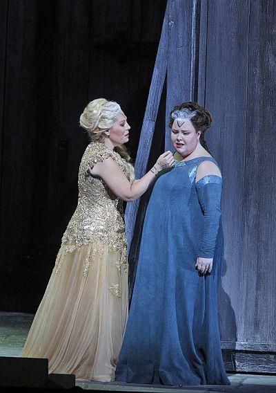 Norma  Sondra Radvanovsky (Norma) and Jamie Barton (Adalgisa). ©Cory Weaver/San Francisco Opera.