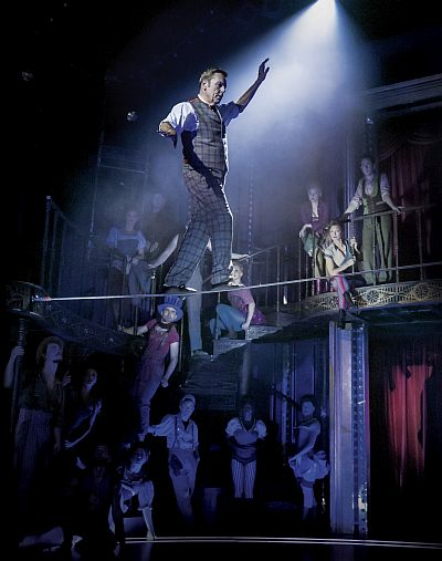 BARNUM - Brian Conley as 'PT Barnum' and company.  Photo by Johan Persson
