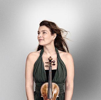 Janine Jansen photo credit Harald Hoffman - Decca