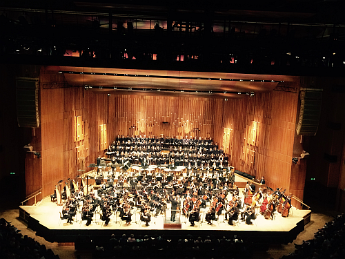 Photo: Thames Youth Orchestra, Thames Youth and Rodolfus Choirs at the Barbican c Thames Youth Orchestra.