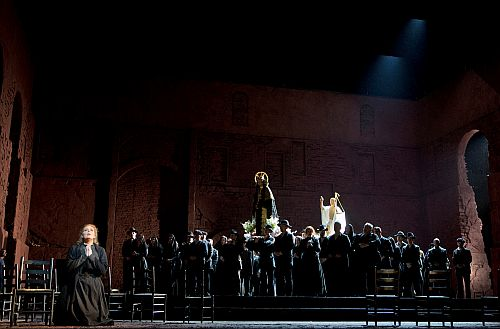 Cavalleria photo credit c Metropolitan Opera and Cory Weaver