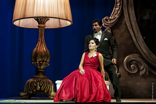 "Teatro Argentino - Temporada 2015 - Ópera: ""La Traviata"";"