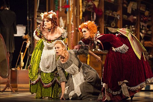 New Zealand Opera Moves La Cenerentola to Mercantile Victorian London