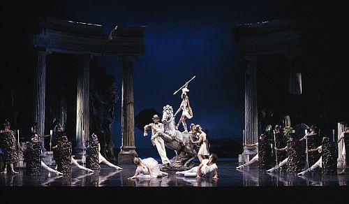Sylvia-Artists-of-Birmingham-Royal-Ballet-photo-Bill-Cooper-1