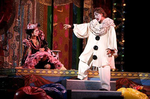 "A scene from LA Opera's 2005 production of ""Pagliacci."" (Photo: Robert Millard / LA Opera)"