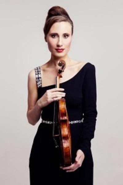 Jennifer Pike is Ethereal in Mendelssohn's Violin Concerto : Seen