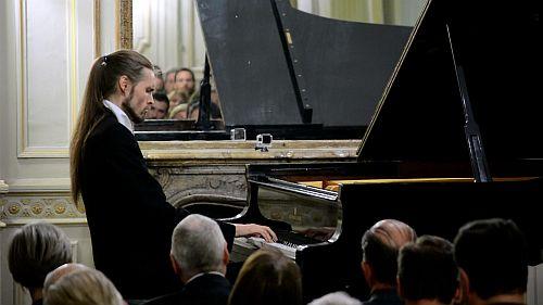 Ivan Skrt in concert for Fundación Chopiniana at Palacio Paz, Buenos Aires, 2 September 2015. (Photo Republic of Slovenia Embassy in Buenos Aires)