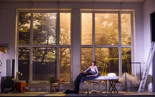 A scene from La Boheme by Puccini @ London Coliseum. An English National Opera production (Opening 16-10-15) ©Tristram Kenton 10/15 (3 Raveley Street, LONDON NW5 2HX TEL 0207 267 5550 Mob 07973 617 355)email: tristram@tristramkenton.com