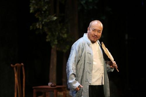 Tian as Liusiye in Rickshaw Boy