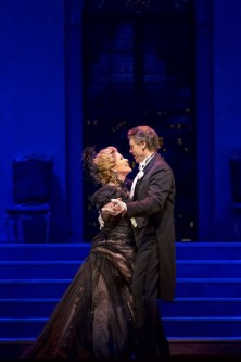 """11/11/15 1:49:26 PM -- The Lyric Opera of Chicago Presents """"The Merry Widow"""" Renee Fleming © Todd Rosenberg Photography 2015"""