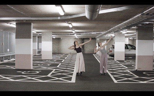 London Contemporary Dance School  Film  Collaborations_Figures & Ground by Leanne, Nicolee, Sarina (4a)