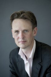 Ian Bostridge; (C) Sim Canetty-Clarke