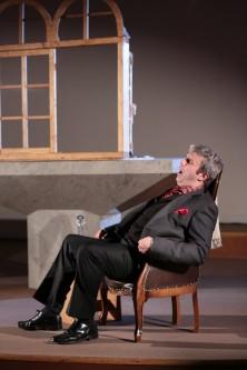 Oliver Gibbs as Simon Boccanegra (c) Matthew Coughlan
