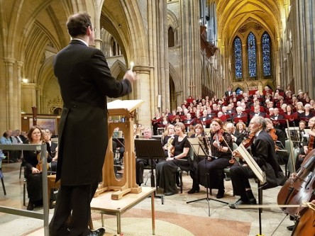 Three_Spires_Singers_and_Orchestra (credit Philip R Buttall)
