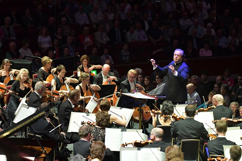 The BBC Philharmonic performs Mark Simpson's 'Israfel' under the direction of Juanjo Mena at the BBC Proms 2016