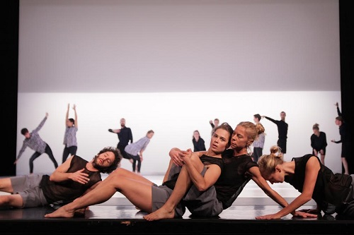 Cullberg Ballet. Credit: Phinn Sriployrung.