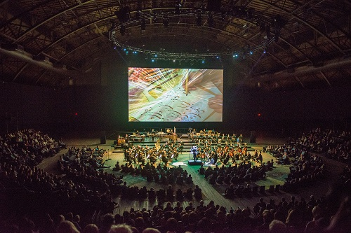 """Esa-Pekka Salonen conducts the New York Philharmonic performing composer Kaija Saariaho's """"Circle Map,"""" at the Park Avenue Armory with clarinetist Kari Krikku, and soprano Jennifer Zetlan on October 13, 2016, during a PERFORMANCE. Soprano Jennifer Zetlan performs. Also on the program were: ALL-SAARIAHO PROGRAM: Lumière et Pesanteur (2009, NY Premiere) D'om le Vrai Sens (2010, NY Premiere) Lonh (1996) Circle Map (2012, NY Premiere) Composer: Kaija Saariaho Credit: Stephanie Berger"""