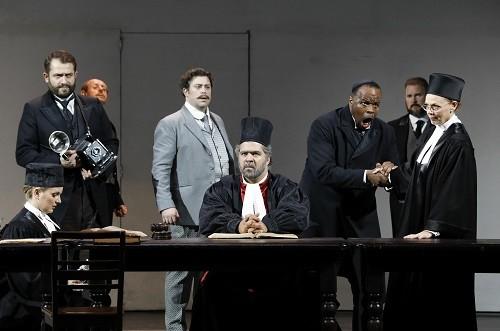 Trial Scene. Photo credit: Johan Persson.