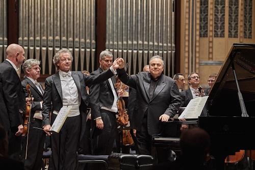 Bruckner 7 The Cleveland Orchestra Franz Welser-Möst, conductor Yefim Bronfman, piano WIDMANN - Trauermarsch  BRUCKNER - Symphony No. 7 Photo by Roger Mastroianni