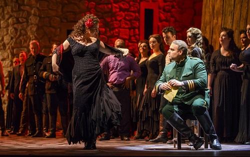 Ekaterina Gubanova and Joseph Calleja in 'Carmen' (Photo: Todd Rosenberg)