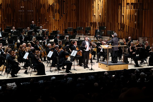 Jonas Kaufmann sings Wagner, with the London Symphony Orchestra conducted by Sir Antonio Pappano, as part of 'The Kaufmann Residency' in the Barbican Hall on Wednesday, 8 February 2017. Photo by Mark Allan