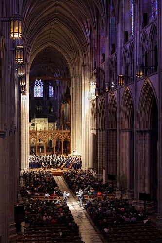 Cathedral Choral Society and New York Polyphony at the National Cathedral, Washington, DC. Photo: Mauricio Castro.