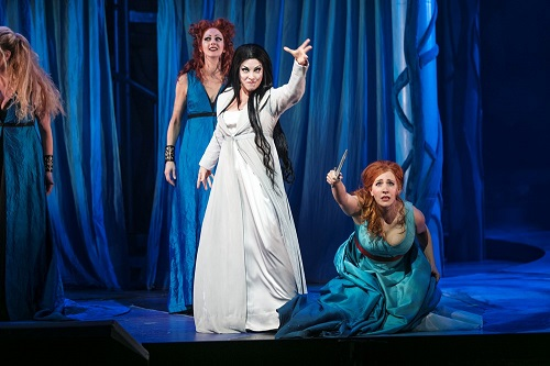 Left to right: First Lady (Mia Karlsson), Queen of the Night (Susanna Andersson), Pamina (Julia Sporsén). Photo: Mats Bäcker