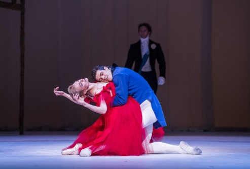 A scene from The Dream, Symphonic Variations and Marguerite and Armand from The Ashton Triple Bill by The Royal Ballet @ Royal Opera House (Opening 02-06-17) ©Tristram Kenton 06-17 (3 Raveley Street, LONDON NW5 2HX TEL 0207 267 5550 Mob 07973 617 355)email: tristram@tristramkenton.com