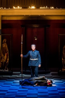 ACT 3: Wotan: Thomas Hall, Brünnhilde: Jane Dutton (Credit: Robert Workman)
