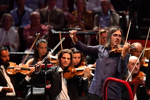 Violinist Leonidas Kavakos performs Brahms' Violin Concerto in D major with the Filarmonica della Scala under Riccardo Chailly; photo credit - Chris Christodoulou.