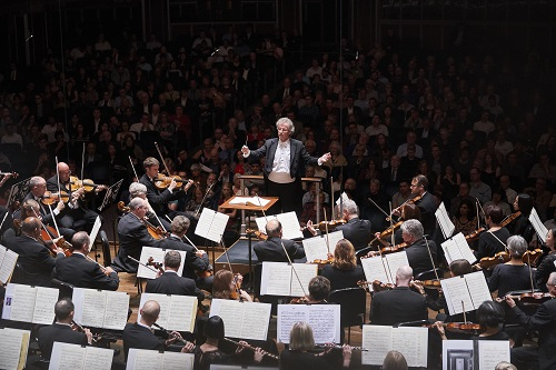 "The Cleveland Orchestra Franz Welser-Möst, conductor PROGRAM MAHLER - Symphony No. 6 (""Tragic"") Photo by Roger Mastroianni"