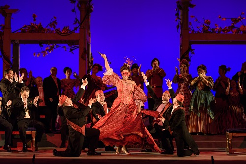 Die Fledermaus, Welsh National Opera; photo credit - Bill Cooper.