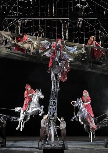 Die Walküre at Chicago Lyric Opera (Photo: Cory Weaver)
