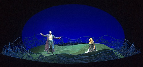 Ante Jerkunica (Vodnik) and Ana María Martínez (Rusalka) in the Teatro Colón's Rusalka. (Photo: Arnaldo Colombaroli)